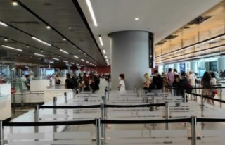 Rusya'dan turistler İstanbul'a gelmeye devam...