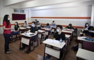 Türkiye'de Ortaokul ve liseler için yüz yüze...