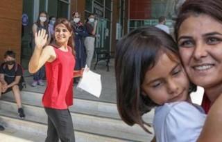 Üniversite sınavına giren Melek İpek kadınlara...