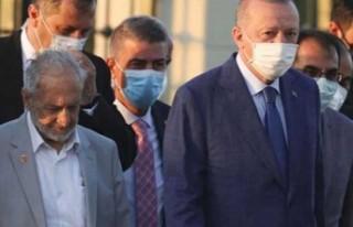 Oğuzhan Asiltürk'ün, KKTC ziyaretinde Erdoğan'a...