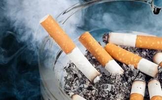 """""""Sigara içenlerin koronavirüs riski yüzde 50 artıyor"""""""