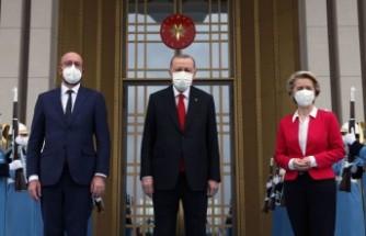 Fransız L'Opinion gazetesi Türkiye'nin AB protokol olayında 'mağdur' olduğu yorumunda bulundu