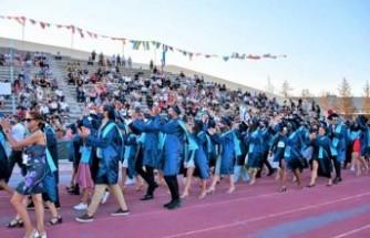 DAÜ 2020-2021 Akademik Yılı Bahar Dönemi Ön Lisans ve Lisans Mezuniyet Töreni Yapıldı