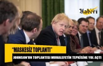 """Johnson'ın yenilenen kabinesinden """"maskesiz toplantı"""""""