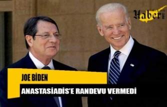 """Rum Yönetimi Başkanı Nikos Anastasiadis'e, """"dostum"""" dediği ABD Başkanı Joe Biden'ın görüşme randevusu vermediği bildirildi."""