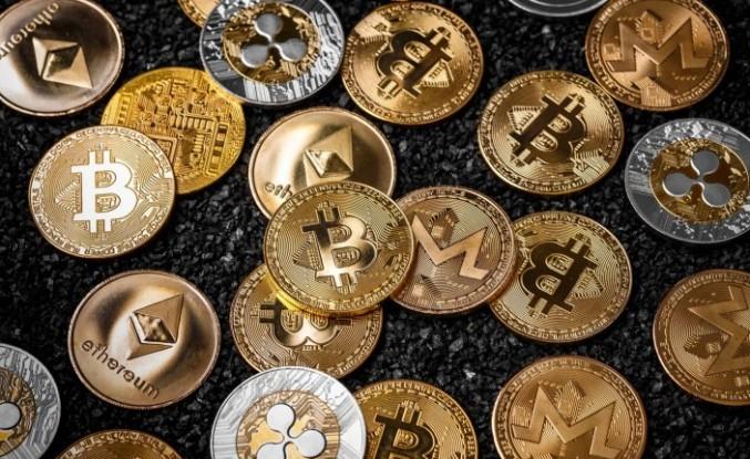 Bitcoin'de yeni rekor: 64 bin doları aştı