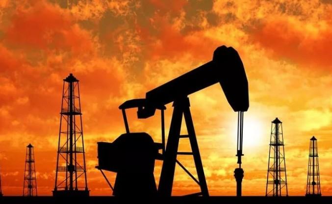 Petrol fiyatları stok verisi sonrası yatay seyrediyor