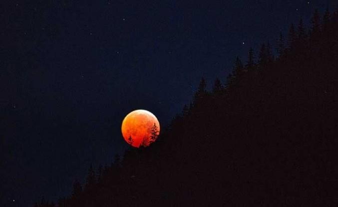 Ay tutulması: Kanlı Ay ve Süper Ay bir arada gerçekleşecek