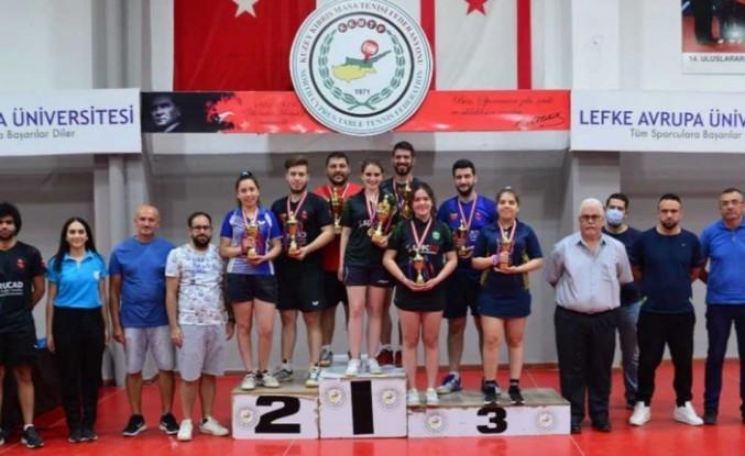 Masa Tenisinde Ferdi Büyükler Turnuvası gerçekleştirildi