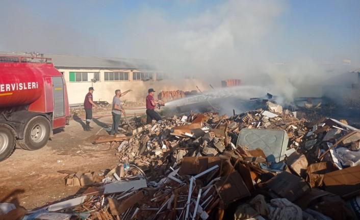 Sanayi'de korkutan yangın