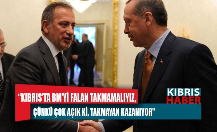 """Fatih Altaylı: """"İşin içinde Türkler olmasa BM, adayı kendi eliyle, törenle böler iki tarafı ayrı ayrı üye yapardı"""""""